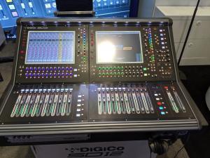 DiGiCo SD12 Controller